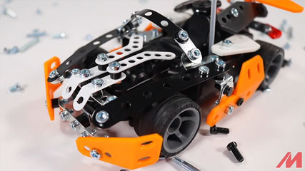 Meccano RC Roadster: Meccano/Erector 2-in-1 Roadster RC (16303) Build #1