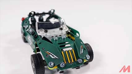 Meccano 18202 5 Model Roadster Build 1